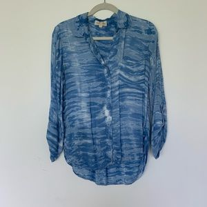 Cloth & Stone blue waves rayon shirt S